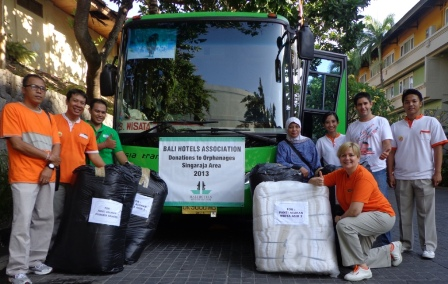 Bali Hotels Association Conducts Linen Drive And Orphanage Tour Etb